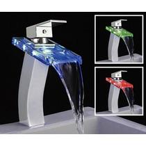 Torneira Para Banheiro De Metal Com Cascata De Vidro E Led