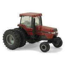 Ertl Case Tractor Magnum 7110