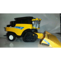 Mini Colhetadeira New Holland Cr9070 Com Esteiras - 1/64