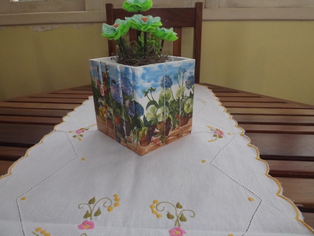 Vaso Cachepô Arranjo Em Decoupage Em Madeira De Lei Reciclad R$ 39  #447428 1024x768