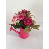 Arranjo De Flores Artificiais Com Rosas No Regador Mini