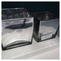 Conjunto Com 2 Vasos Metalizados Quadrados Em Vidro