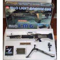 Miniatura Colecionável Com Tripe Metal Arma Brinquedo Rambo