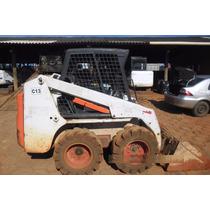 Mini Carregadeira Bobcat S130