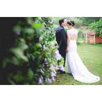 Vestido De Noiva Com Véu E Acessórios