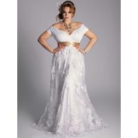 Plus Size Sob Medida: Vestido De Noiva Com Faixa Atelier