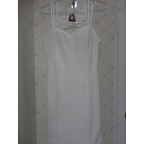 Vestido Curto Branco Com Detalhe Renda Nas Costas E Alcinha