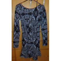 Vestido Curto Costa Nua Manga Longa Preto Estampado (30%off)