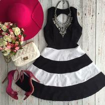 Vestido Listrado Preto E Branco Rodado Delicado Alcinha