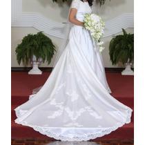 Vestido De Noiva Importado Com Renda, Pérola E Swarovski.