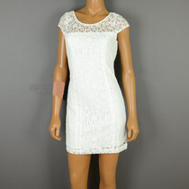Vestido Feminino De Renda Na Cor Branco Com Forro Hollister