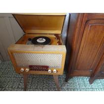 Vitrola E Radio Valvulado