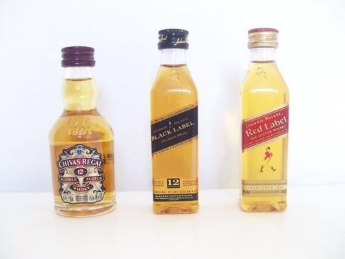 Whisky Chivas Regal Johnnie Walker Black Red Label Miniatura