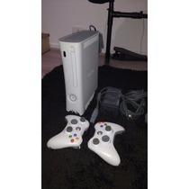 Xbox 360 Branco + 2 Controles + 2 Jogos