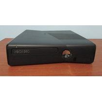 Xbox 360 Slim + Kinect + 2 Controles + 2 Jogos + 1 Bateria