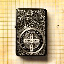 Isqueiro Black John Constantine Medalha De São Bento