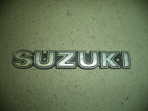 Embrema Tanque Suzuki Intruder 250 Original