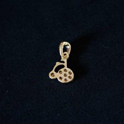 Pingente Semi Jóia Folheado A Ouro Triciclo Com Pedras De Z Original