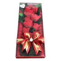 Caixa Buquê com Rosas Artificiais e Bombons 170g