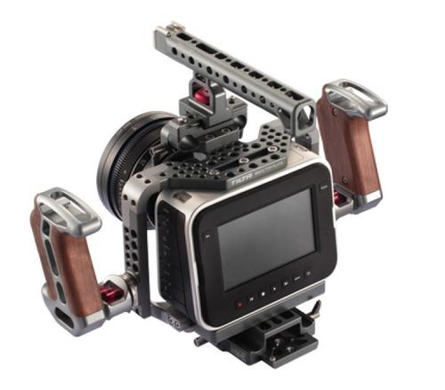 Câmera De Cinema Blackmagic 4k Com Rig Tilta