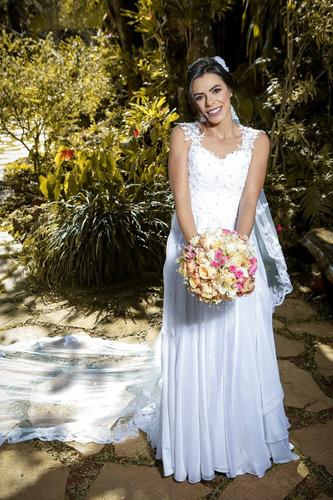 Vestido De Noiva - Usado Apenas 1 Vez (troller De Seda Pura) Original