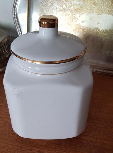 Pote Bomboniere Antiga Porcelana Branca Tampa Filetada Original