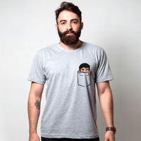 CAMISETA CINZA - FELPS NO BOLSO