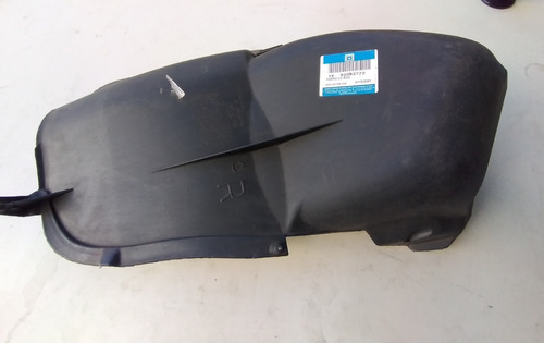 Protetor Da Caixa De Roda Traseira Omega 99/2002 Ld Original