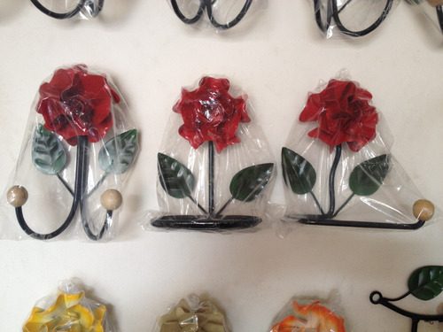 Trio Para Banheiro Em Ferro Decorado Com Flores/oferta