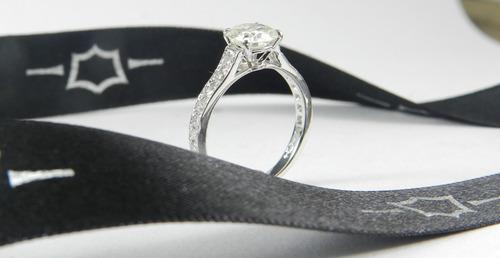 Anel De Noivado Luxo Diamante Ouro 18k Original