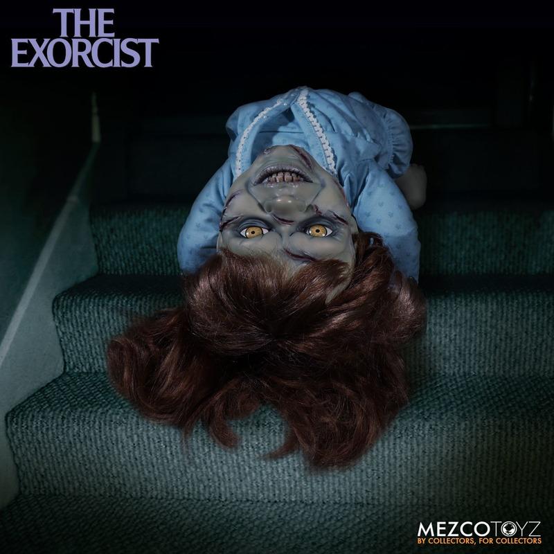 Boneco Regan Mega Scale - O Exorcista - 38 cm C/ Som - Mezco