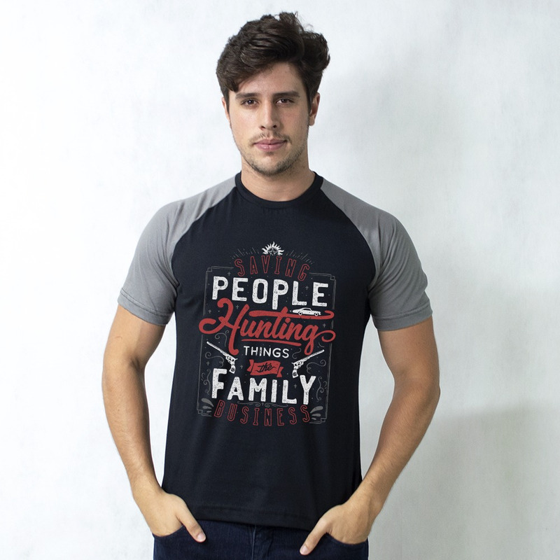CAMISETA RAGLAN PRETA - THE FAMILY BUSINESS
